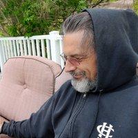 Lou's profile picture