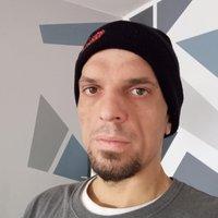 Tomasz's Profile